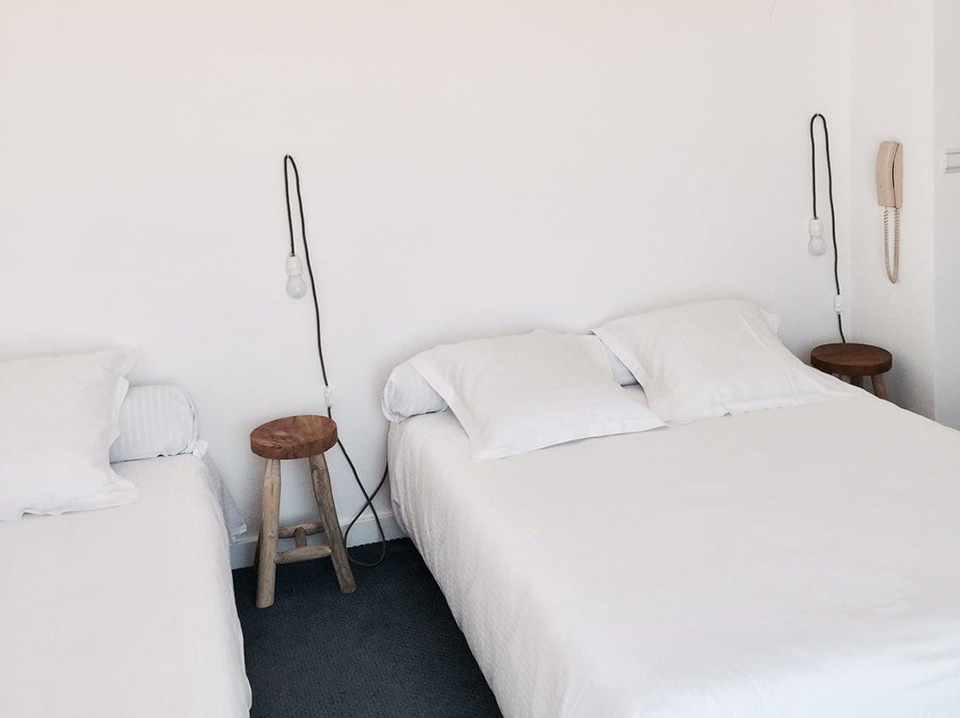 02-chambre-triple-terrasse-blanc-sable-hotel